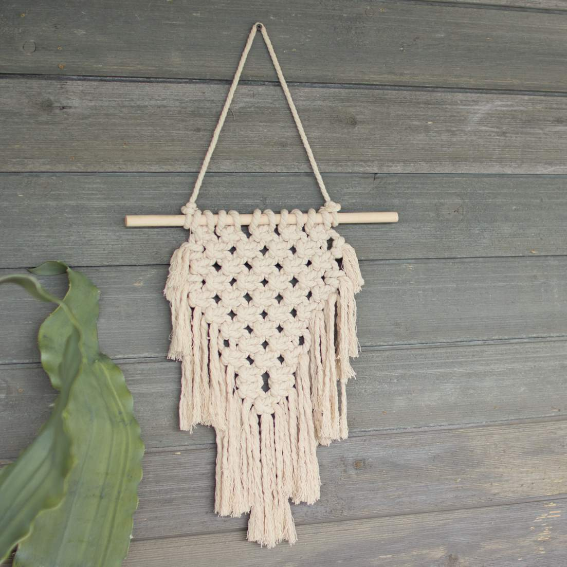 Simple Macrame Wall Hanging - Bello Lane