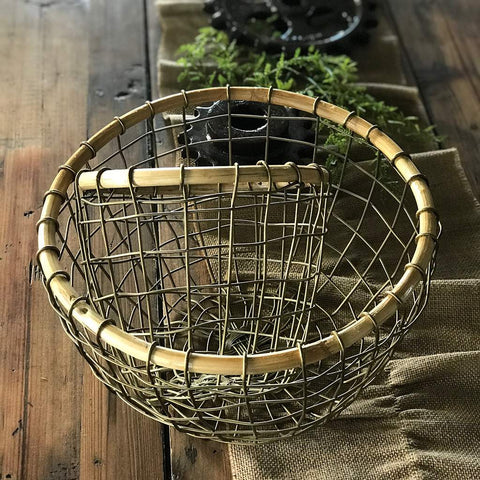 Round Wire Basket With Bamboo Rims