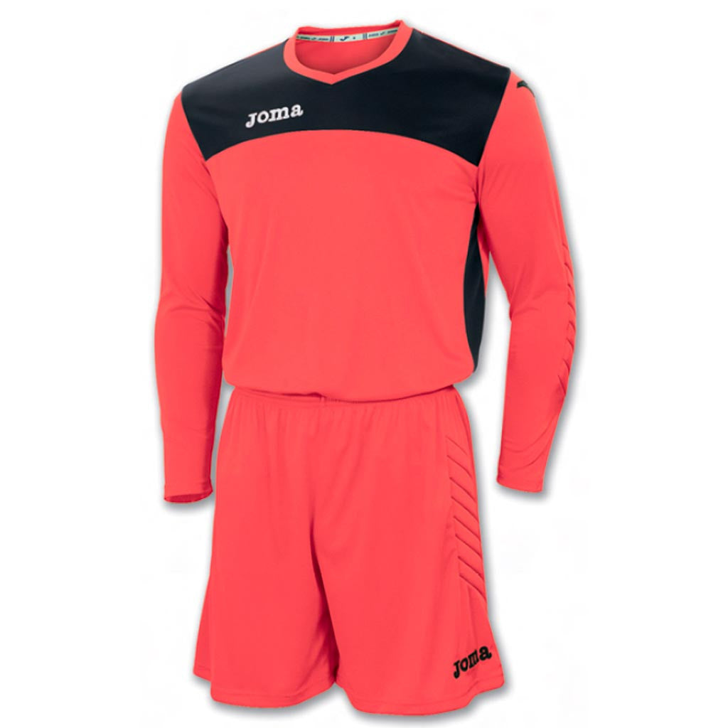 JOMA Area IV soccer goalkeeper kit orange noir
