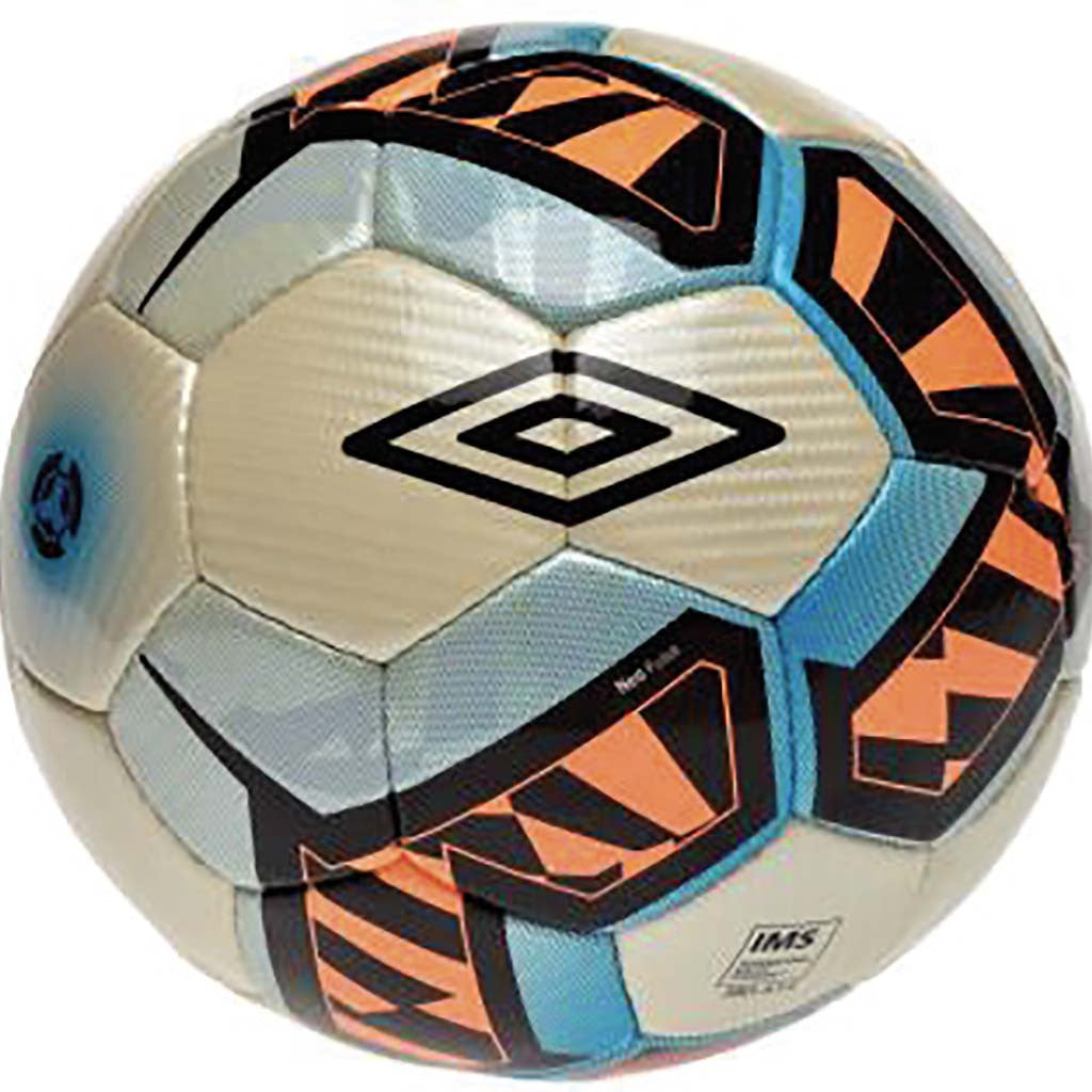 Umbro Neo Pulse soccer ball