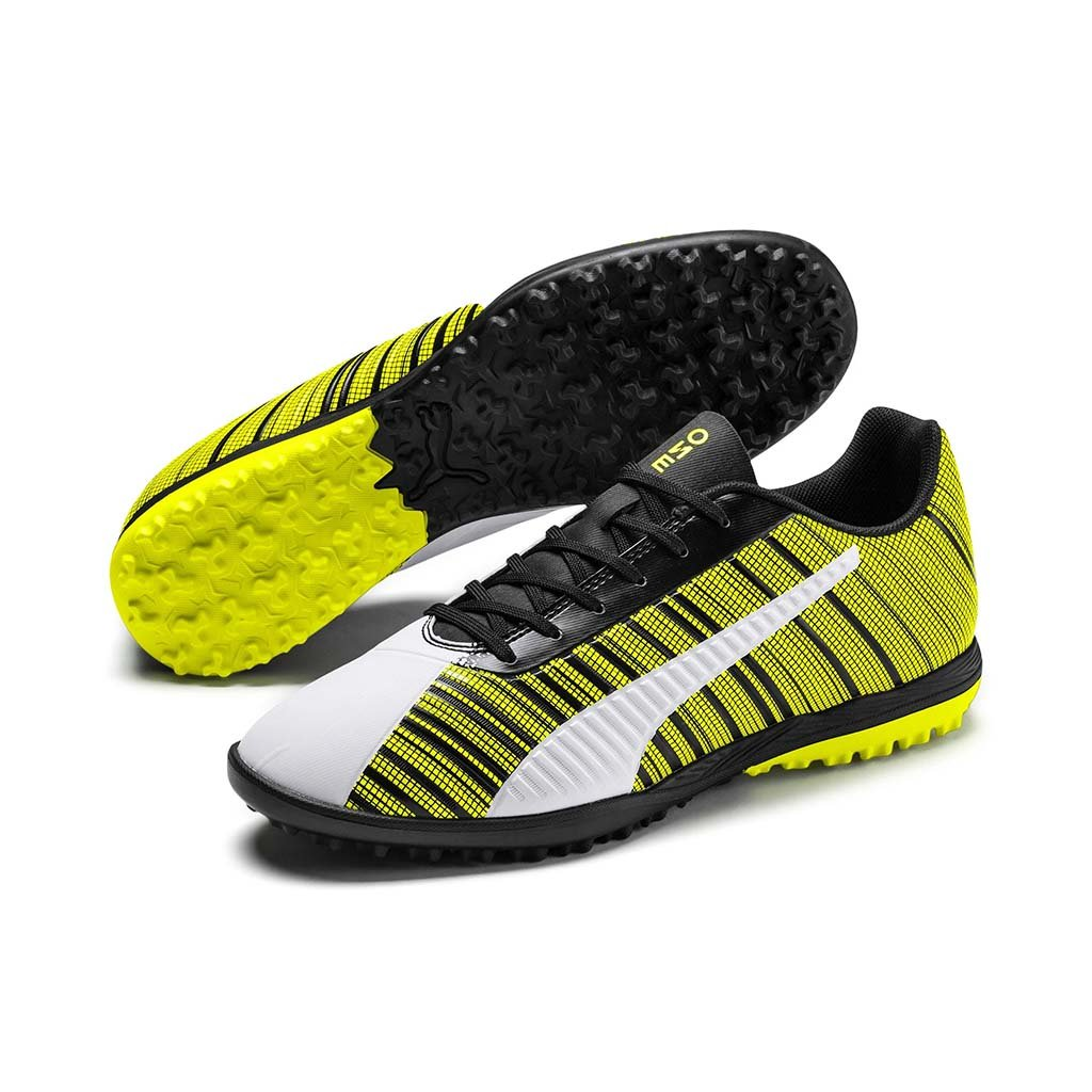 Puma One 5.4 TT chaussure de soccer turf synthetique blanc noir jaune pv