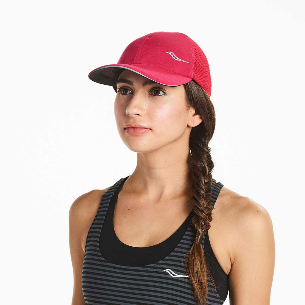 Saucony Speed Run running cap raspberry berret