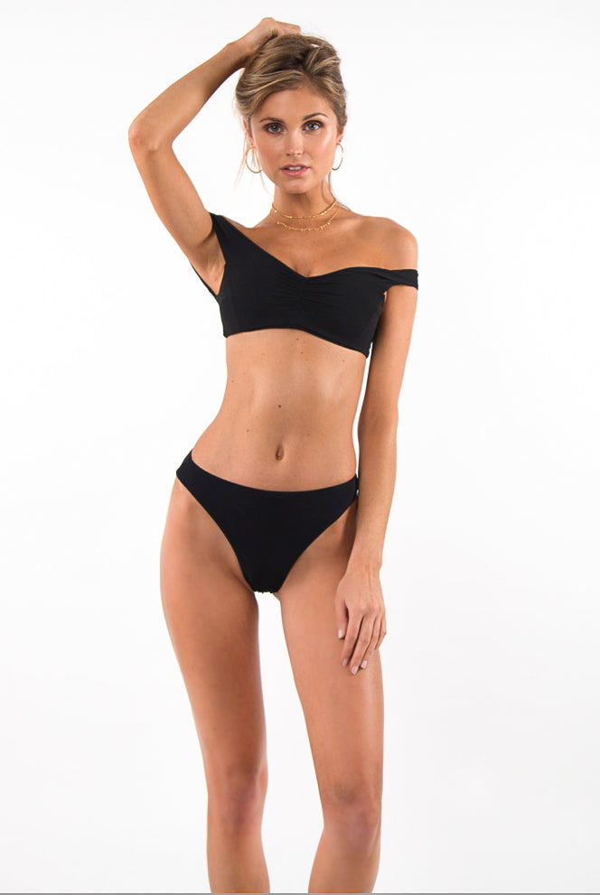 Pool Partee Top Black