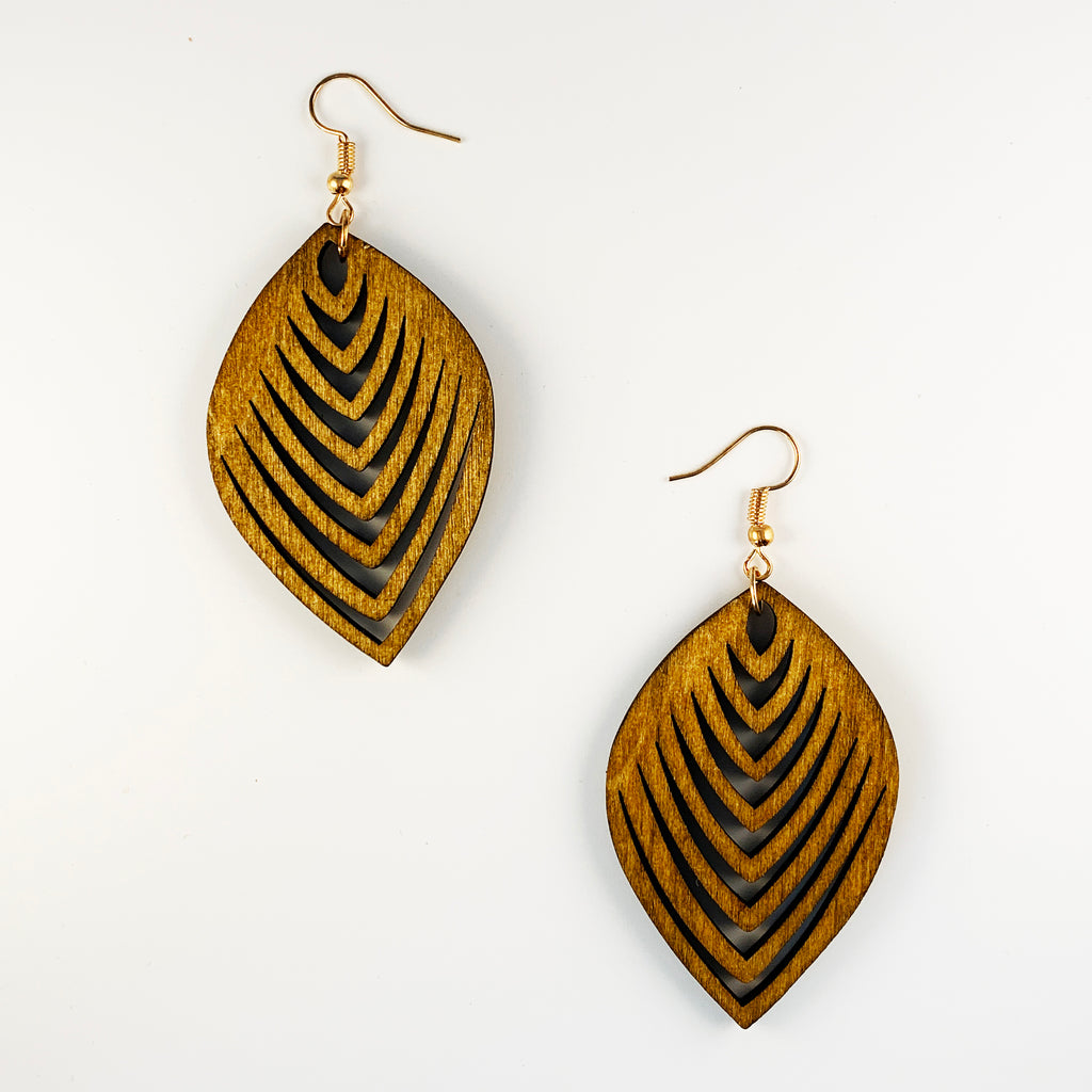 Wood Leaf Earrings - Natural