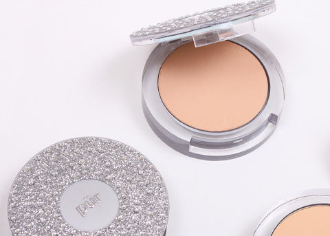 PUR 10th Anniversary: 4-in-1 Pressed Mineral Makeup Foundation with Skincare Ingredients (Light Tan)