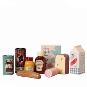 Maileg Vintage Food Grocery Box, all contents of box lined up