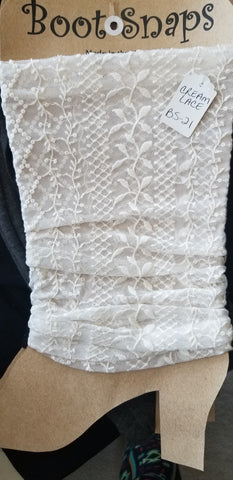 Boot tubes cream lace.