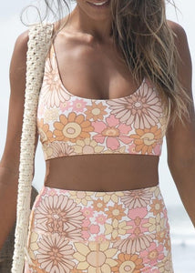 FLOWER POWER SESAH CROP TOP