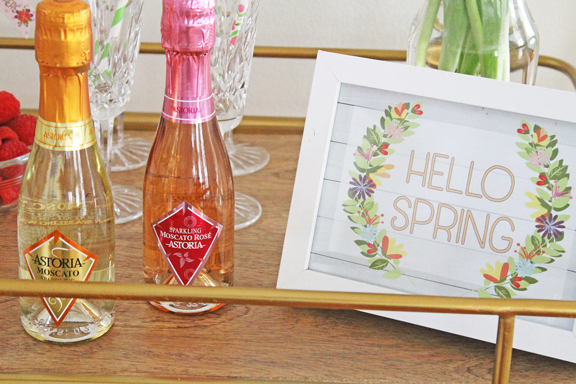 Printable Hello Spring Art, Printable Spring Wall Sign, Home Decor by SUNSHINETULIPDESIGN