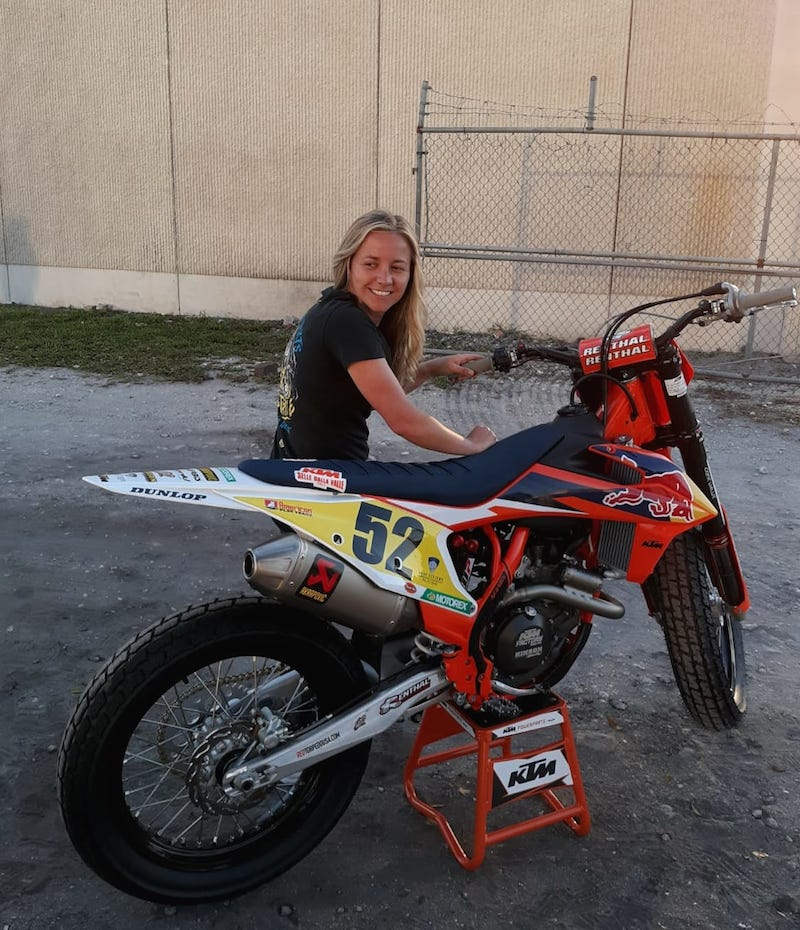 Shayna Texter with the KTM 450 flat track racer