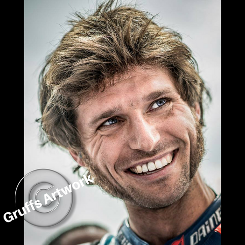 Hand Signed Guy Martin 'Smiler' Large Colour Photo