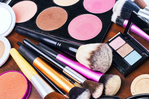 Spring Cleaning Your Make-Up Bag, a Quick Guide