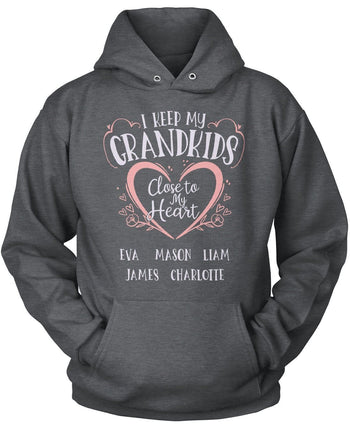 I Keep My Grandkids Close To My Heart - Personalized T-Shirt - T-Shirts