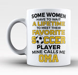 Favorite Soccer Player - Mine Calls Me Oma - Mug