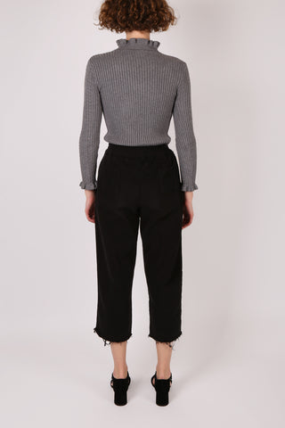 Cropped Raw Hem Pant Black