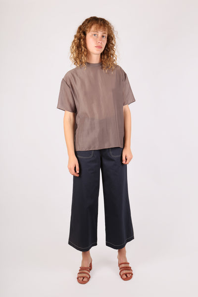 Box Tee Taupe - ShopGoh