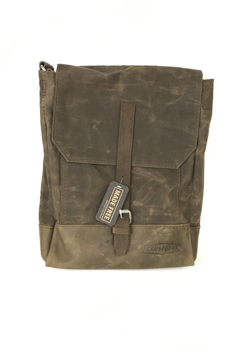 CauseGear - Waxed Canvas Messenger Bag - Messenger Bag - Ethical Trading Company