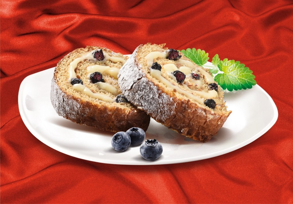 Honey Roll with Blueberries - MARLENKA UK