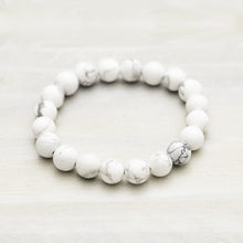 Load image into Gallery viewer, white howlite stone breaded bracelet