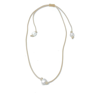 tan hanging single pearl choker necklace