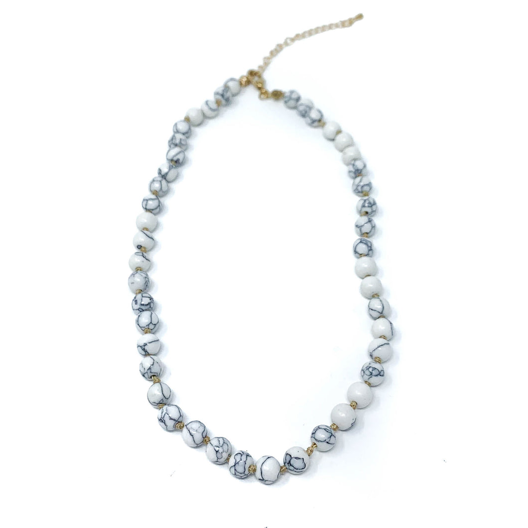 white howlite semi precious stone beaded necklace