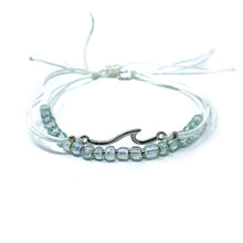 Load image into Gallery viewer, Wave beach bracelet beaded and string light pale green