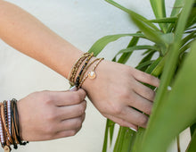 Load image into Gallery viewer, shelly beach style bracelet stack