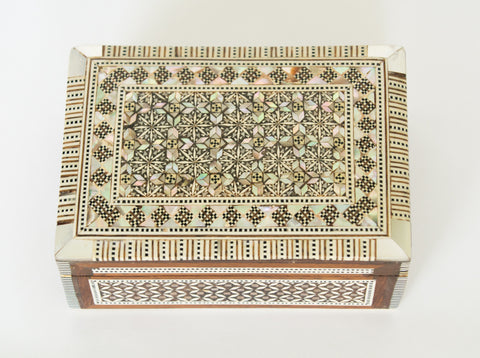 Vintage Syrian Inlaid Mother of Pearl Box