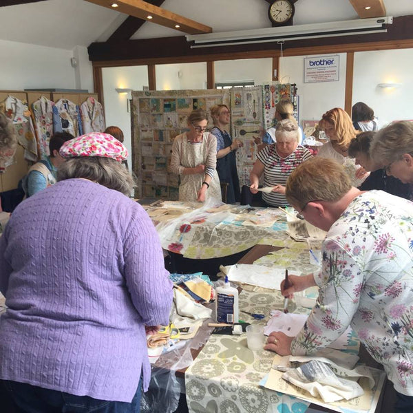 Stories from the Paper Quilts - Quilt Top Windows with Maria Thomas Textiles Sunday 24th June 2018