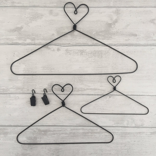 "12"" Wire Heart Hanger (Large) and 2 clips"
