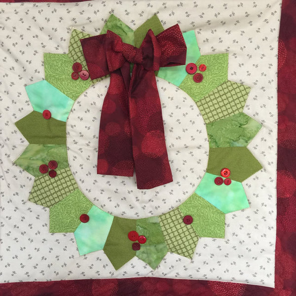 Dresden Plate Wreath Wall Hanging with Stuart Hillard - Sunday 3rd Dec