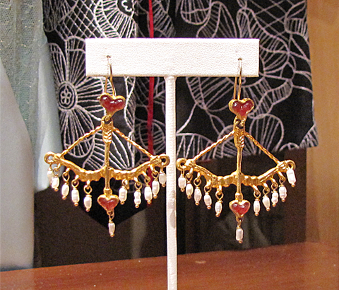 Cupid's Weapon Earring