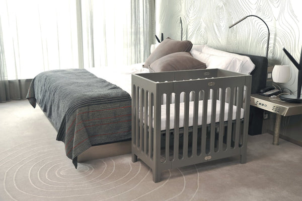 Bloom Alma Mini Urban crib frame - frost grey - Belle Bellina  - 3