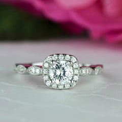 3/4 ctw Art Deco Round Halo Ring