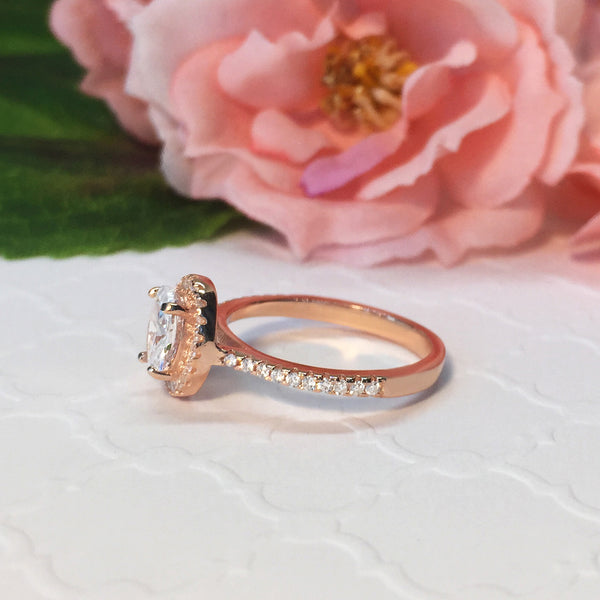 1 ctw Oval Halo Ring - Rose Gold