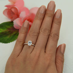 1.25 ctw Oval Accented Ring - Rose Gold