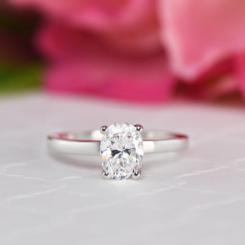 1.25 ctw Art Deco Oval Accented Solitaire Set