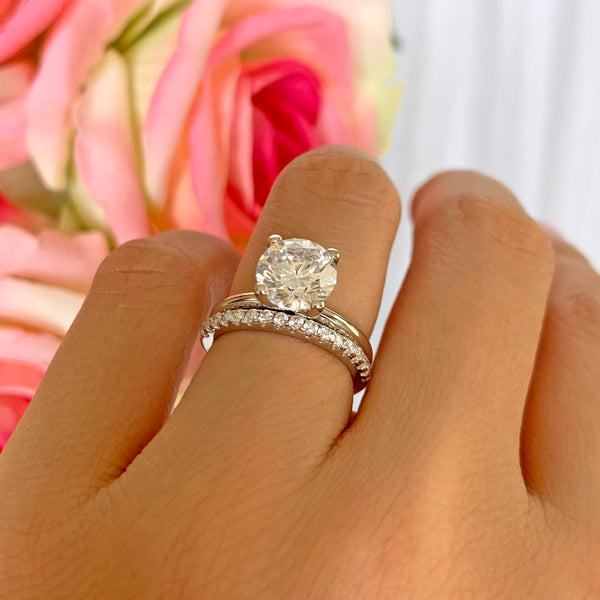 2 ct Classic V Style 4 Prong Half Eternity Solitaire Set