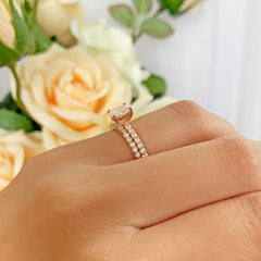 3/4 ctw Oval Accented Solitaire Set - Rose GP
