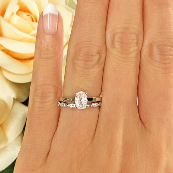3/4 ct Art Deco Oval Solitaire Set