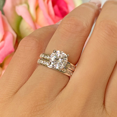 2.25 ctw 4 Prong Round Accented Art Deco Solitaire Set