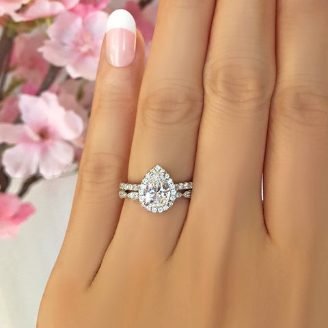 1.5 ctw Pear Halo Ring - Yellow GP