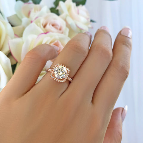 1.5 ctw Round Double Halo Ring