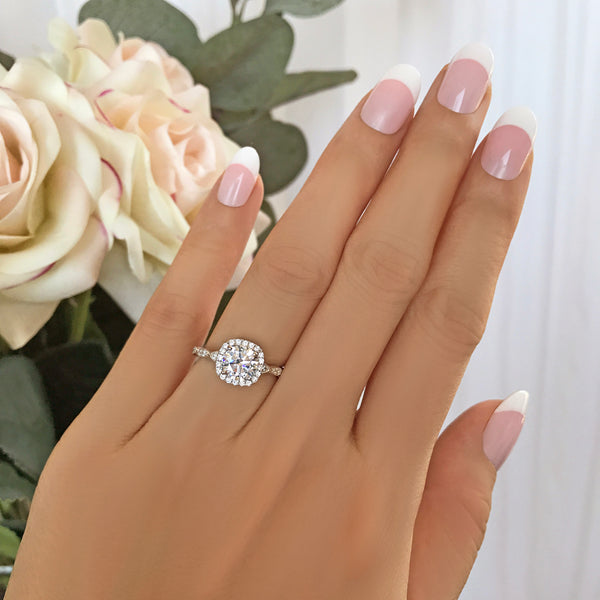1.25 ctw Art Deco Halo Ring