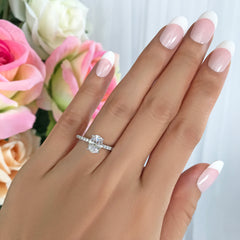 1.25 ctw Oval Accented Ring - 10k Solid White Gold, Sz 5