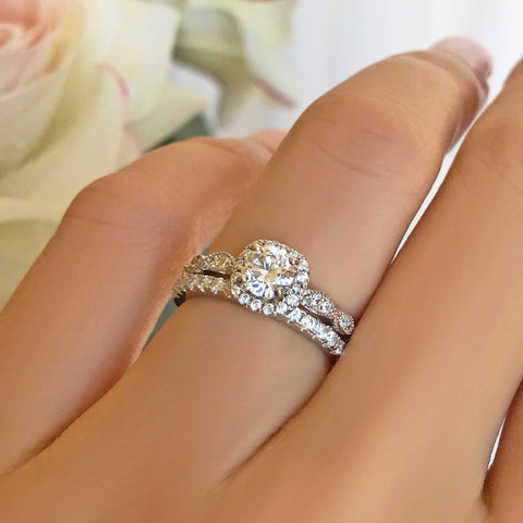 1.5 ctw Oval Half Eternity Halo Set- Rose GP
