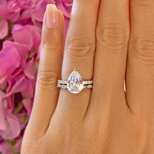 3.25 ctw Pear Accented Solitaire Art Deco Set