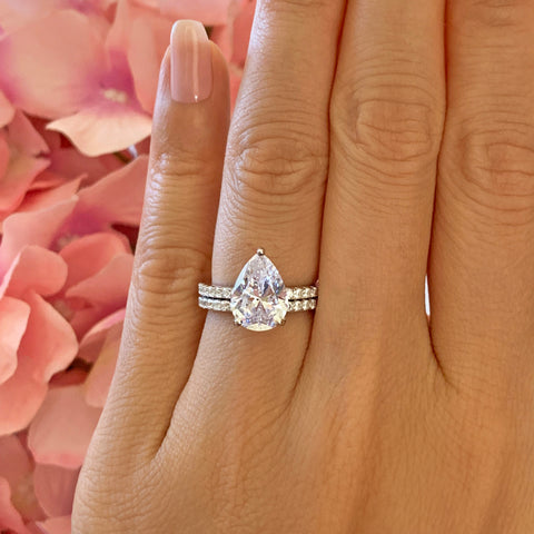 1.5 ctw Pear Accented Solitaire Art Deco Set