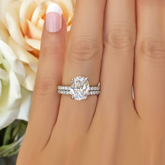 3.25 ctw Oval Accented Solitaire Set