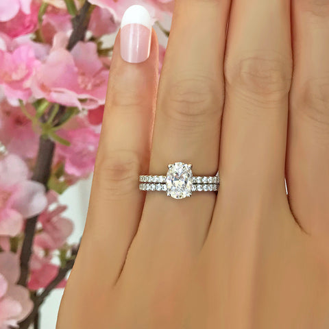 3.25 ctw Art Deco Oval Accented Solitaire Set